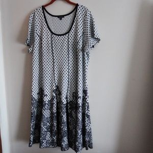 Sami & Jo Cream/Black Pleated Sheath Dress 3X